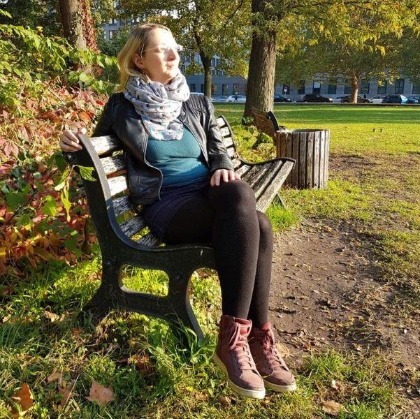 Neue Wege Berlin Selbsthilfe Schlaganfall Unser Team Vorstellung Portraitfoto Janet Thun 600x600